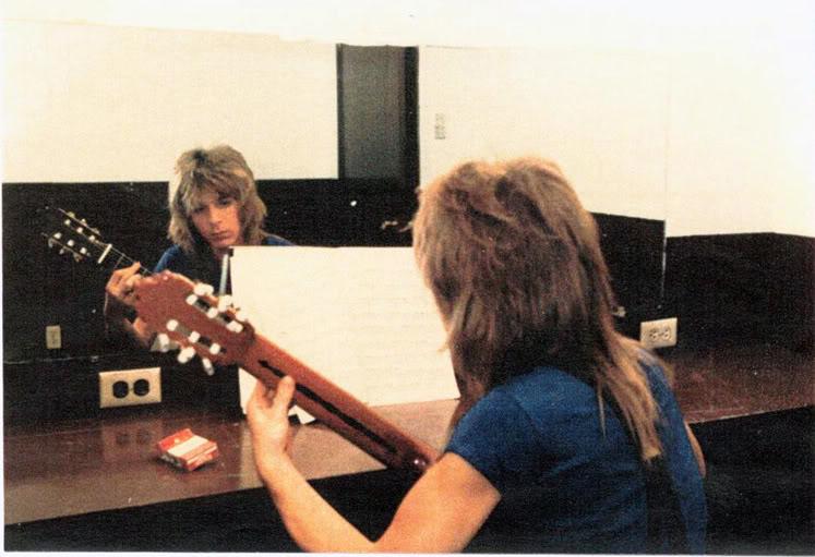 Randy Rhoads sight reading classical guitar music
